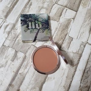🛍 Urban Decay Beached Bronzer☀️🏝